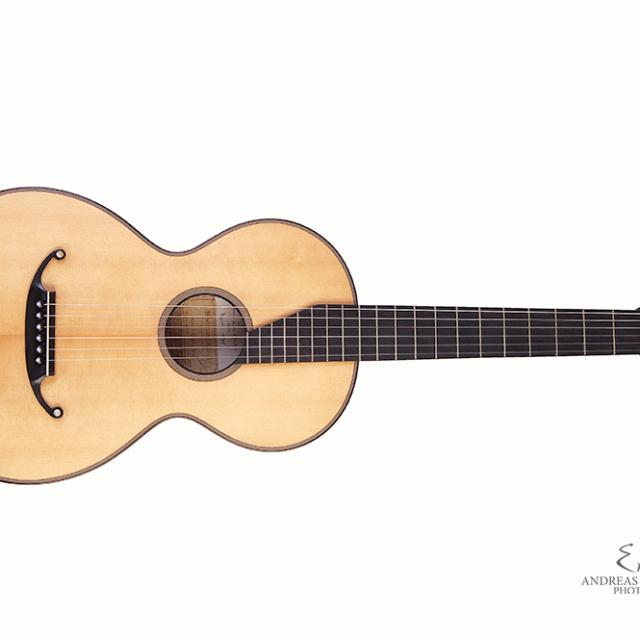 "Kreul Gitarren – ""Staufer Gitarre"""