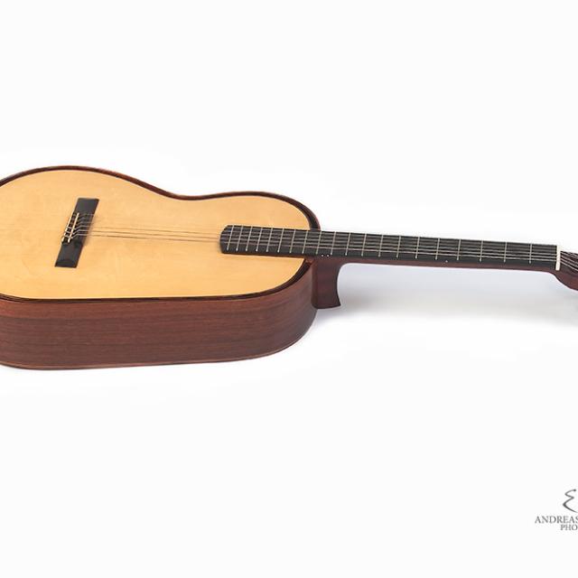 "Kreul Gitarren – ""Carlevaro"""
